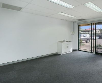 HIGHLY EXPOSED OPPORTUNITY IN THE BUSY STONES CORNER RETAIL PRECINCT!