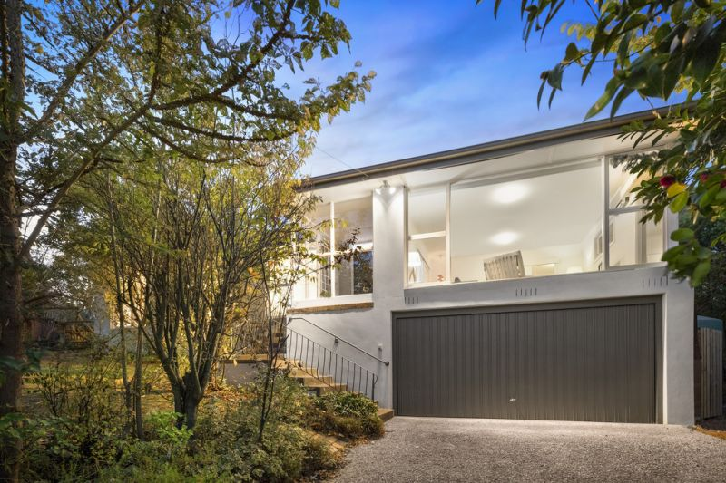 Character and Space in Highly Sought-After Box Hill South Location