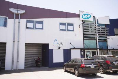 Modern Office/Warehouse in Port IT