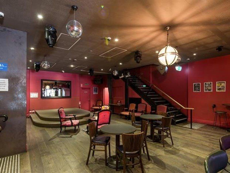 LICENSED AND APPROVED BAR / RESTAURANT / NIGHTCLUB / RETAIL – NOW AVAILABLE FOR LEASE