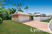 Large family home in gated golf course precinct