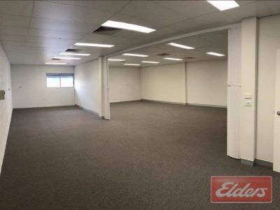 HOT KELVIN GROVE OFFICE/WAREHOUSE! ENQUIRE NOW!