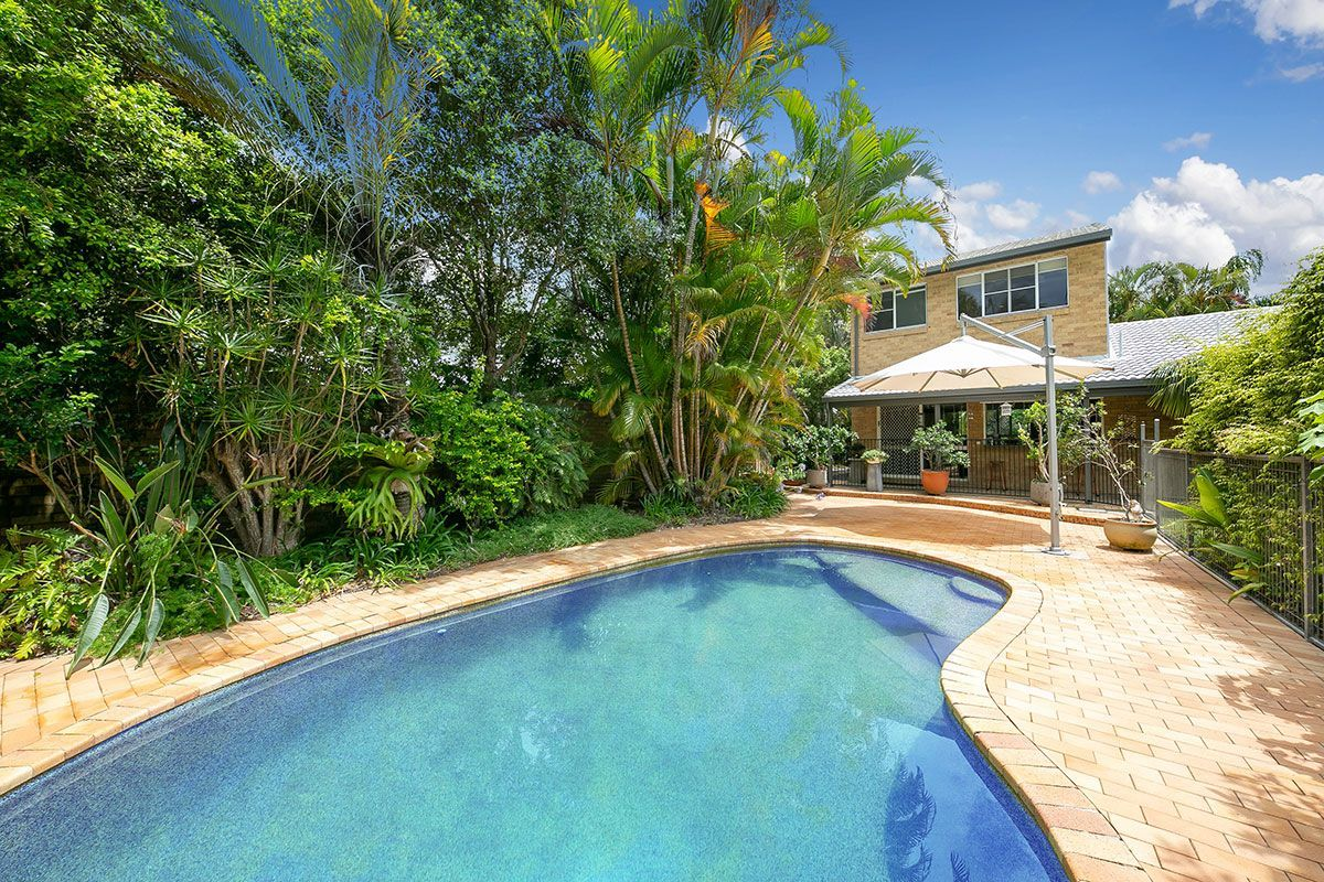 9 Pacific View Drive, Tinbeerwah QLD 4563