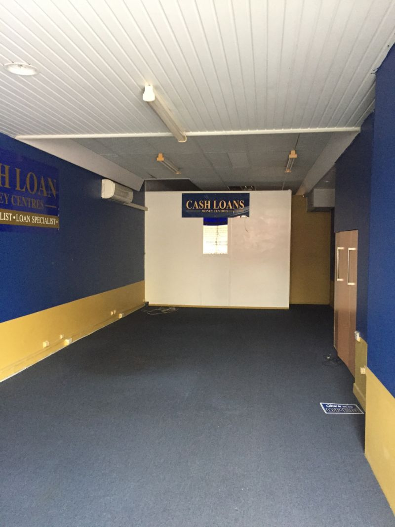 Retail Shop / Office Southport