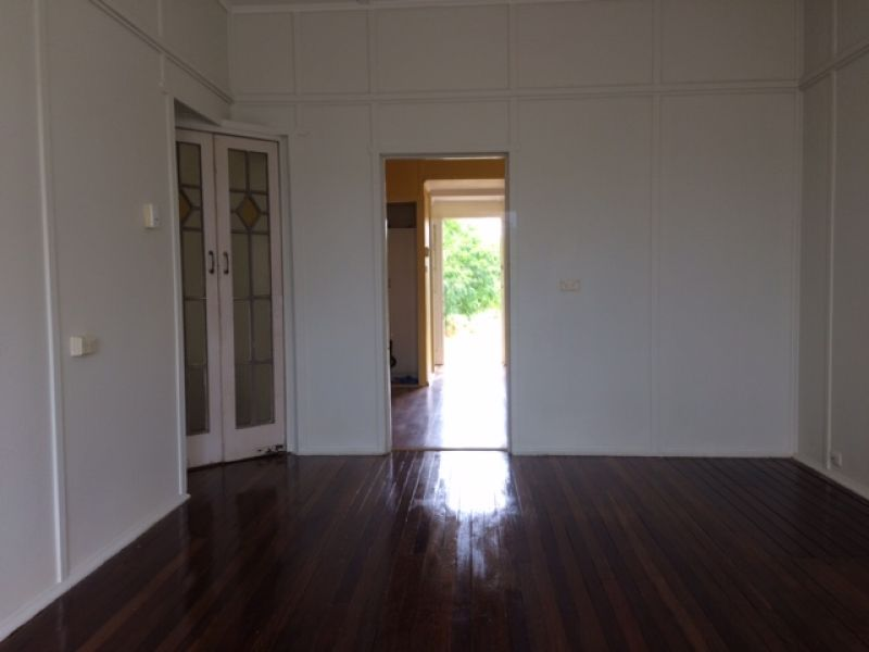 For Sale By Owner: 5 Pelican Street, Collinsville, QLD 4804
