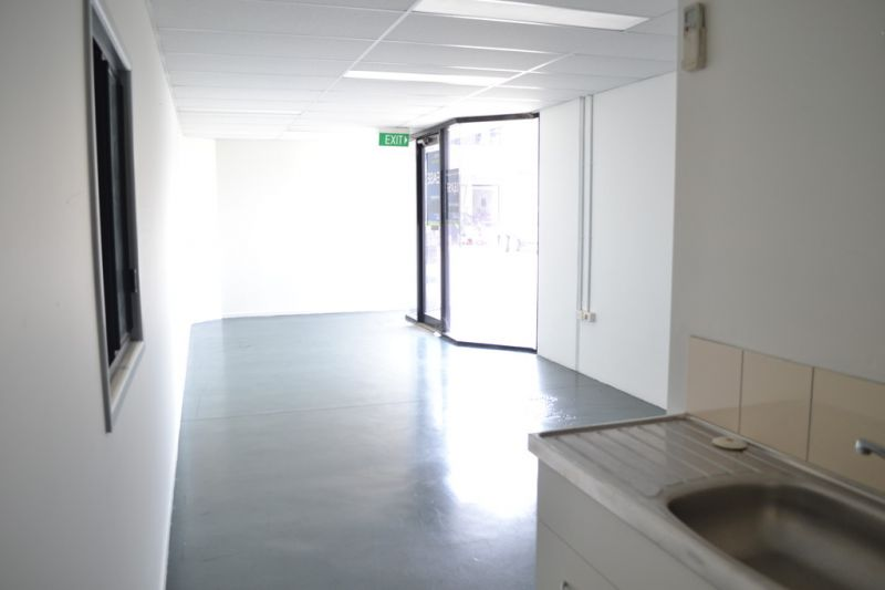 Fantastic Warehouse, Outgoings Included In Rent!