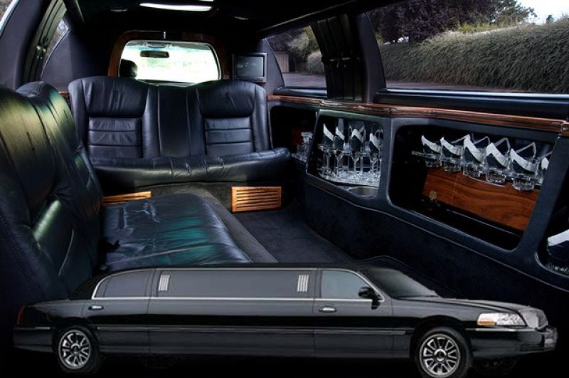Limousine hire business. Simple to own & operate.