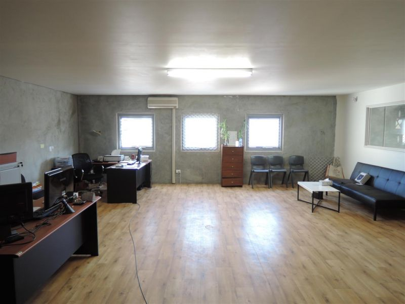 Great Value Warehouse & Office - 200 + m2