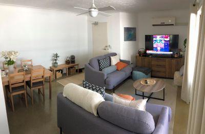 LABRADOR, QLD 4215