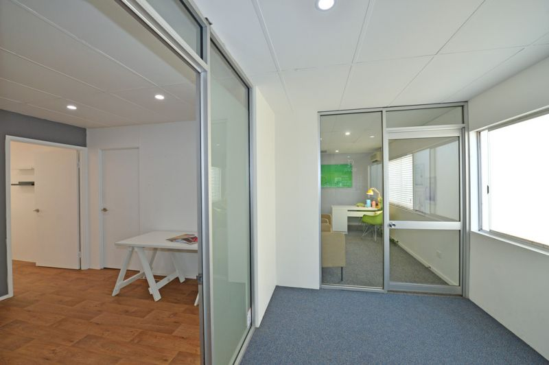 Affordable Noosa Junction Office