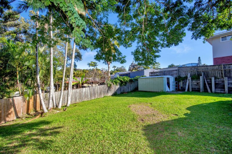 For Sale By Owner: 6 Spumante Court, Highland Park, QLD 4211