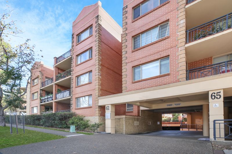 4/61-65 Glencoe Street, Sutherland NSW 2232