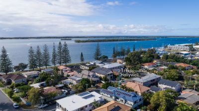 So Close to the Broadwater  4 Bedroom Townhouse Must Be Sold