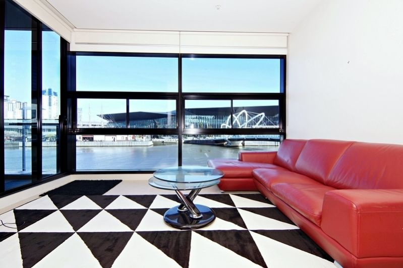 Flinders Wharf: Gorgeous Furnished 2 Bedroom with Direct Water Frontage!