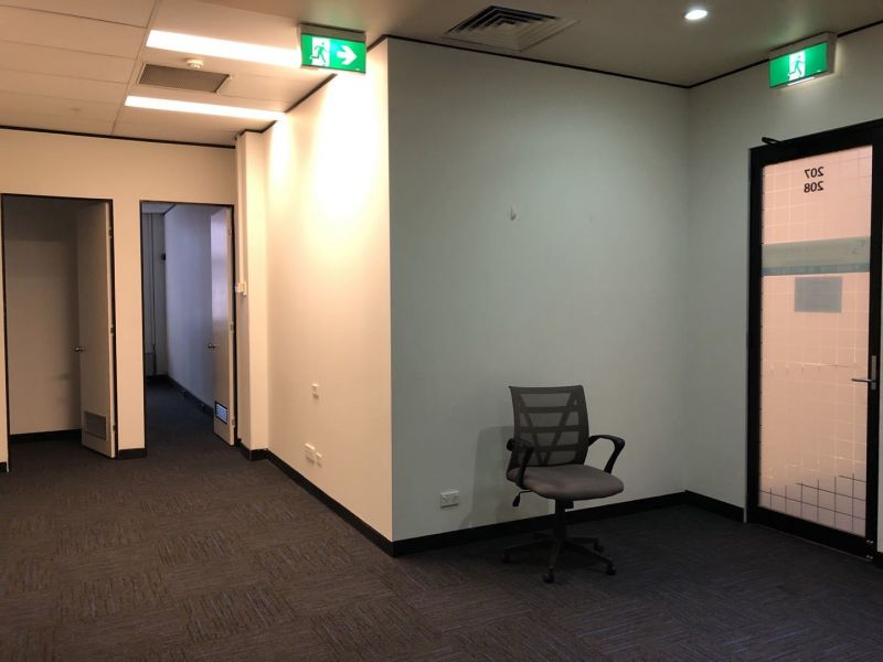 BOUTIQUE OFFICES, 143m2  FOR LEASE AT TOWN HALL