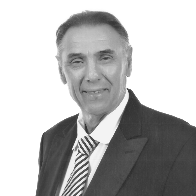Gabriel Toth Real Estate Agent