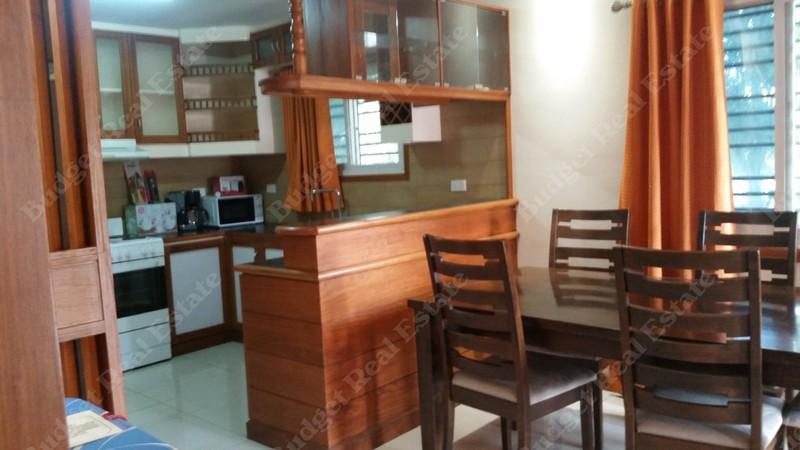 Best 2 Bedroom Single Level Apartment