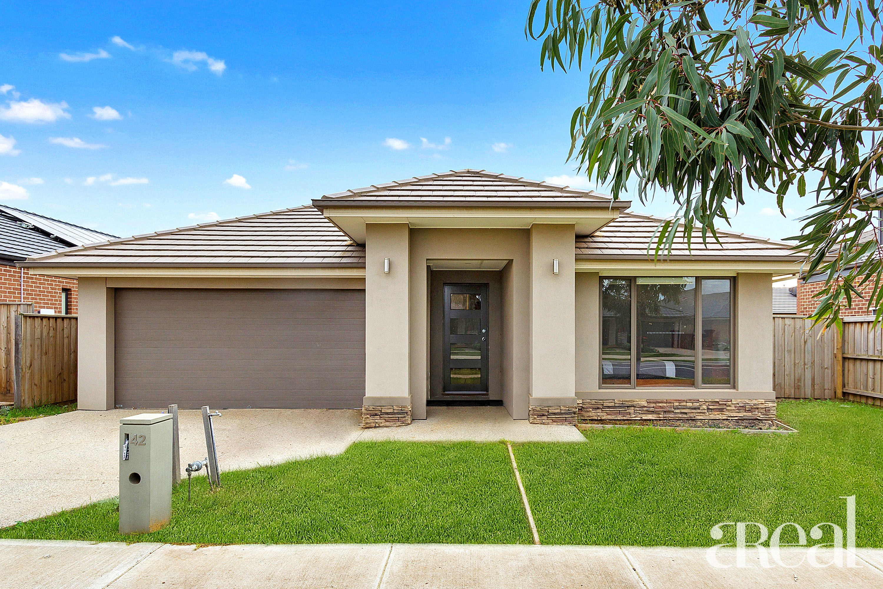 42 Shipwright Parade, Werribee VIC 3030