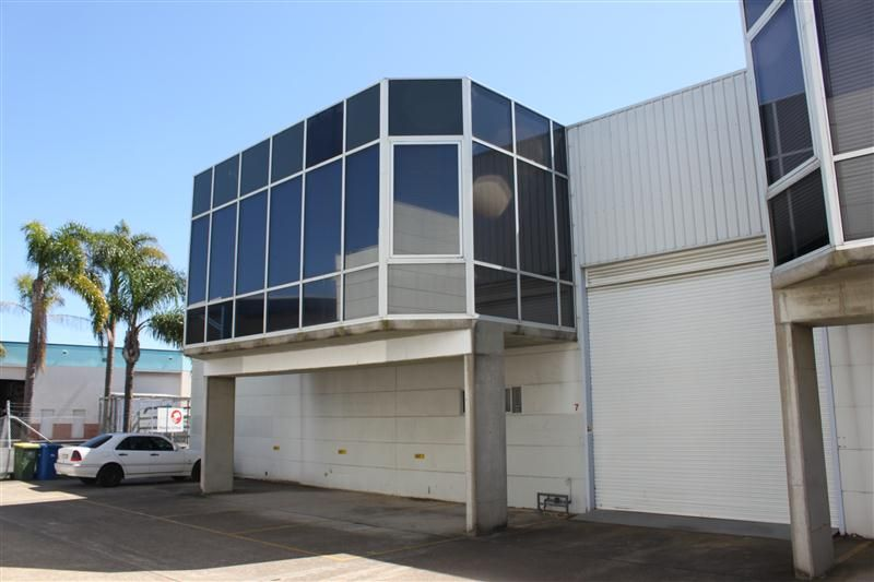 271m² Warehouse on Taren Point Road