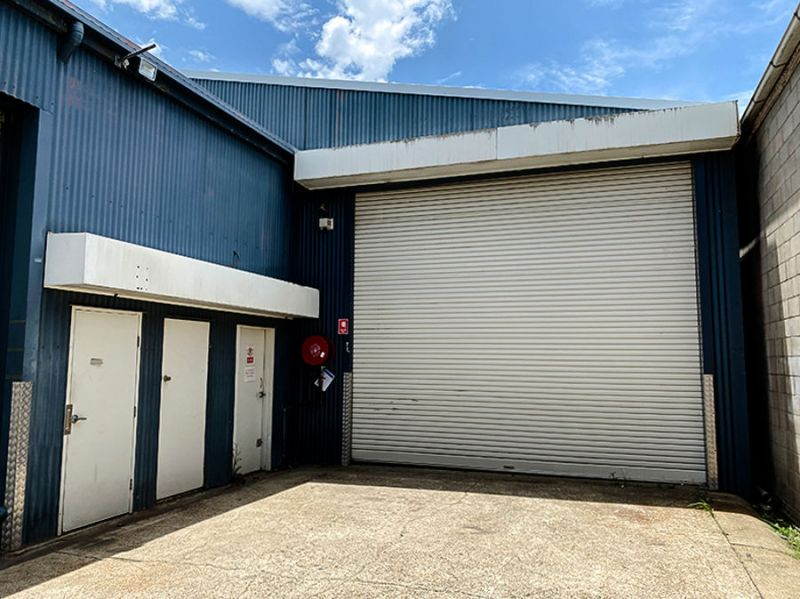 WAREHOUSE & OFFICES - CENTRAL LOCATION