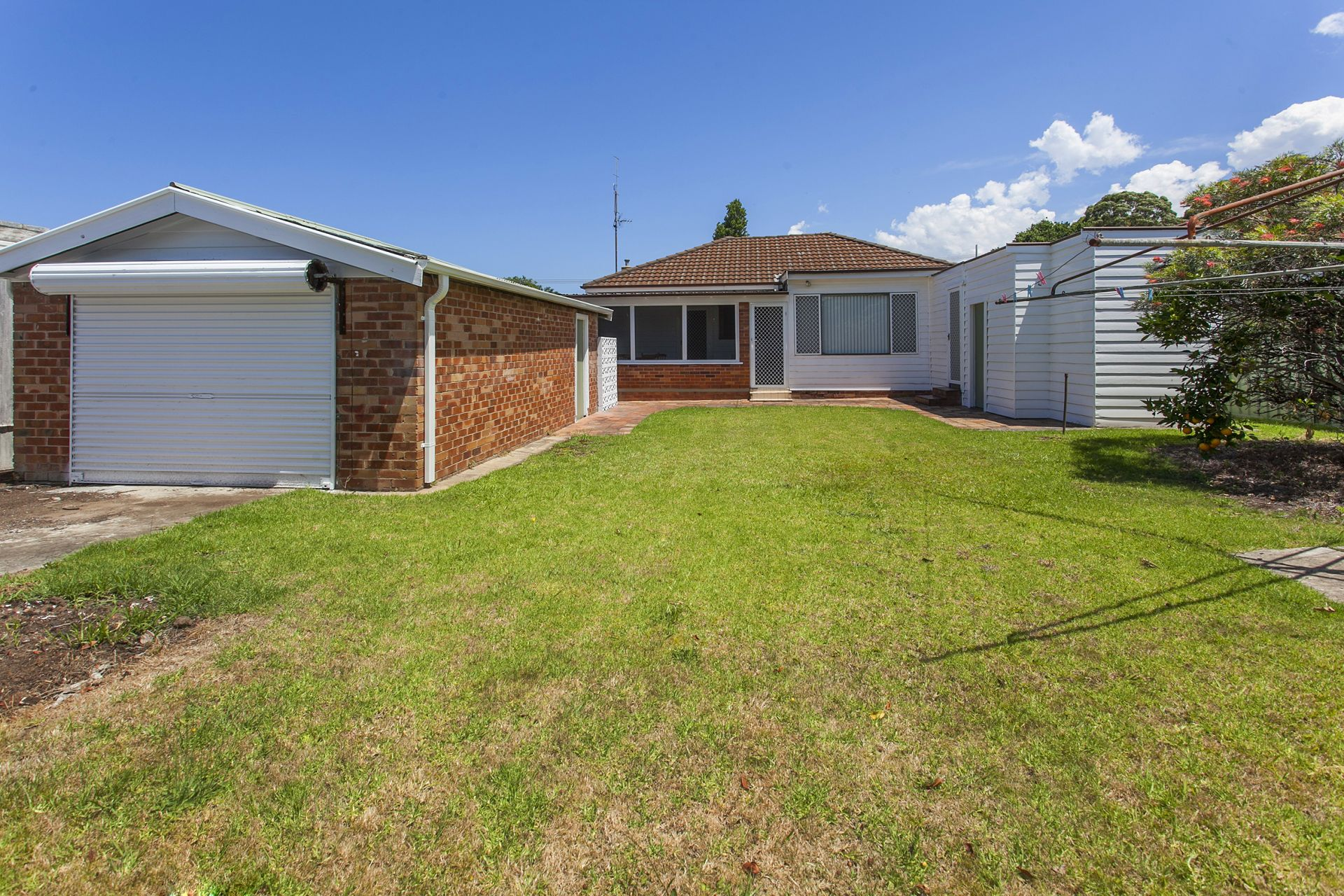 4 Neville Avenue, Russell Vale NSW