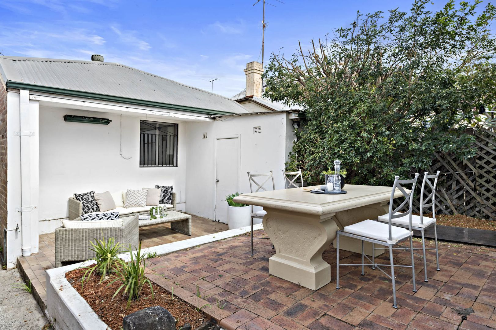84 Albany Road, Stanmore