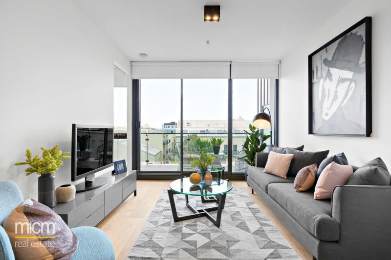 Discover Luxury Living inside the Scout Apartment with the Superb Local Amenities!