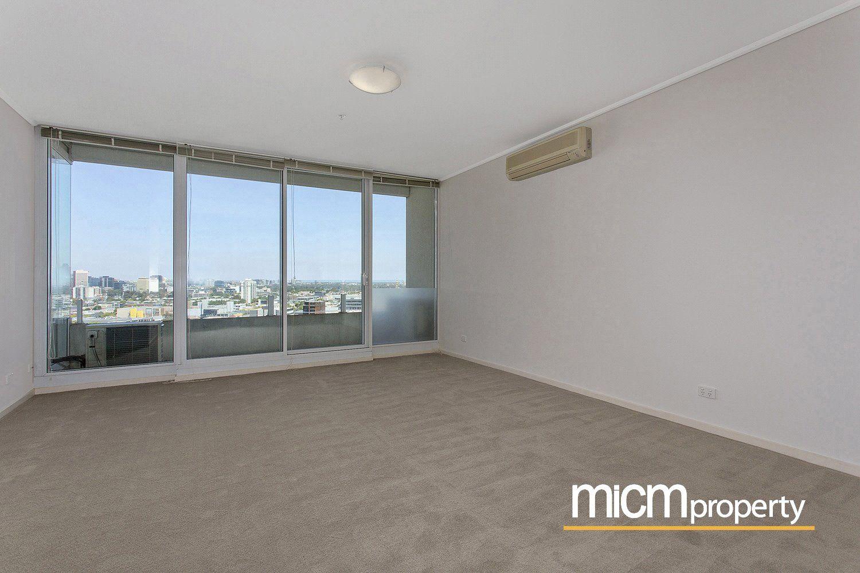 Centurion: Three Bedroom Apartment in A Prime Location!