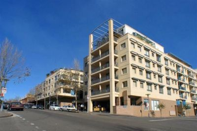 Immaculate Partially Furnished Apartment In Convenient Location