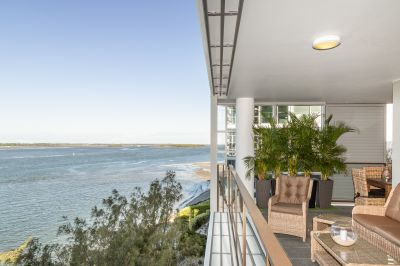 Panoramic vista over the Broadwater from Sought-After building 26
