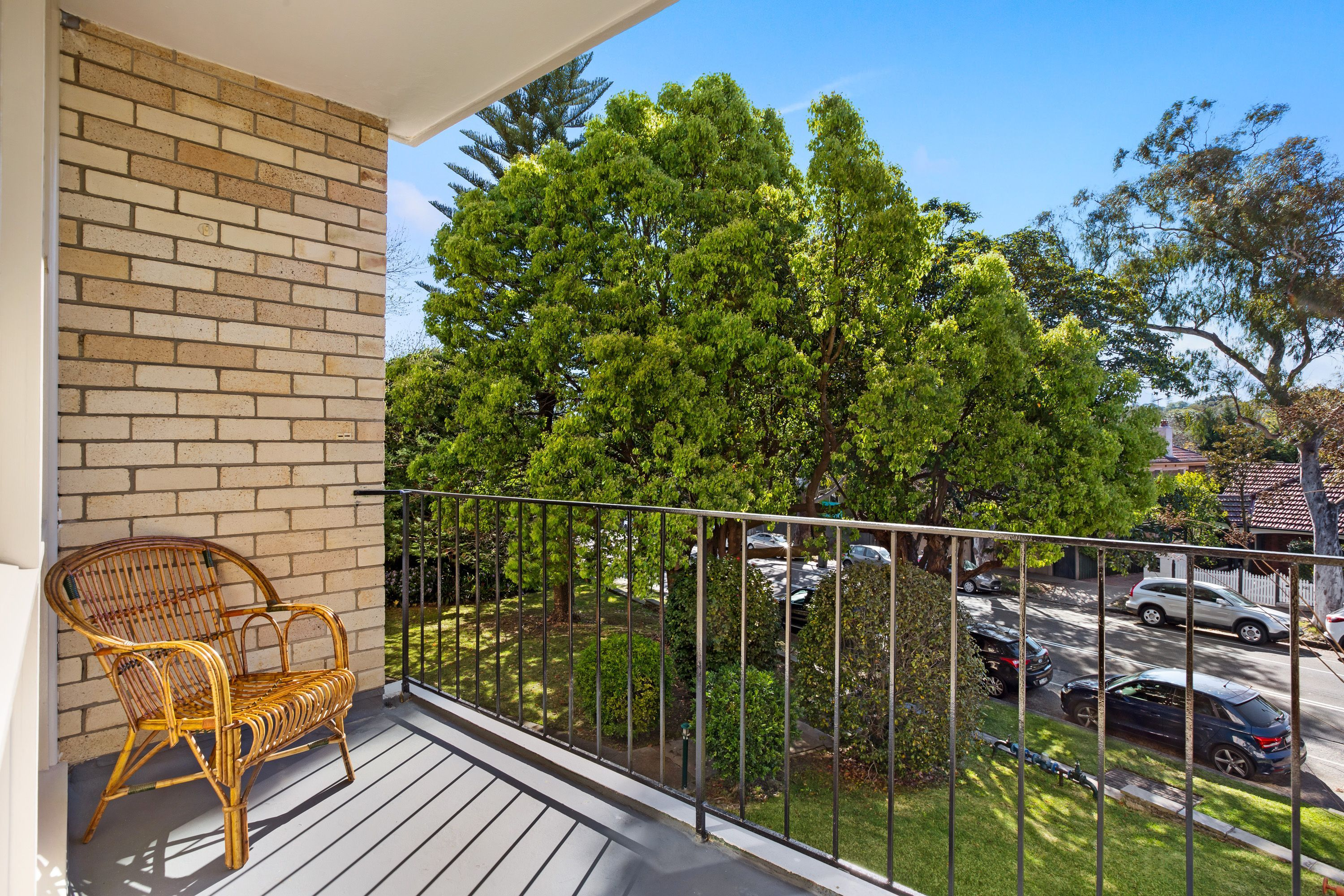 2/93 Avenue Road, Mosman