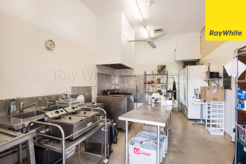 COMMERCIAL KITCHEN IN TOWN