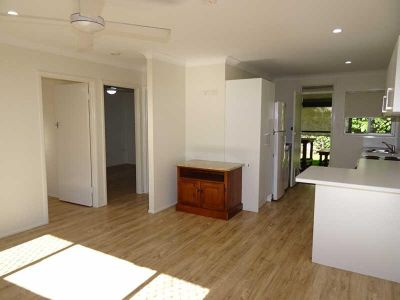 TWO BEDROOM DUPLEX - WALK TO BROADWATER