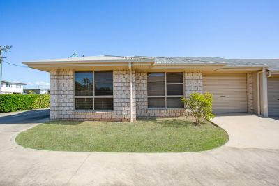 BEAUTIFULLY MAINTAINED 2 BEDROOM UNIT IN THE HEART OF GATTON