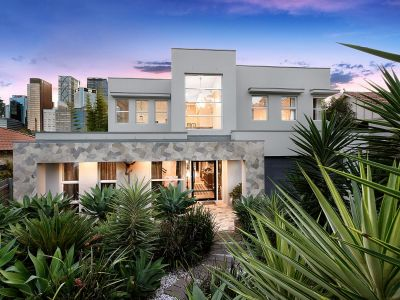 Impeccable designer family home set on 708sqm of land.