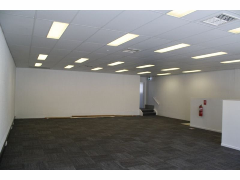 Newly Refurbished Open Plan Office With Own Facilities