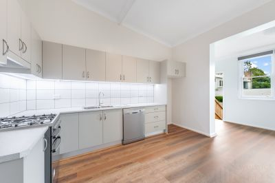 BEAUTIFUL TWO BEDROOM SEMI IN THE PERFECT LOCATION