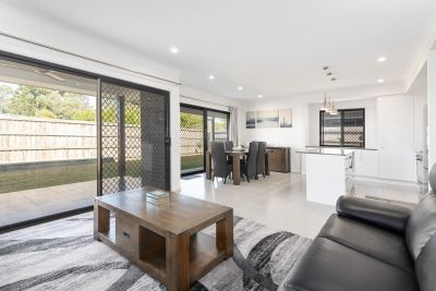 MODERN FAMILY HOME WITH GRAND OUTDOOR ENTERTAINING AREA ON 513SQM BLOCK