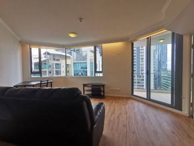 New renovated furnished apartment located at the center of CBD WITH CAR PARK