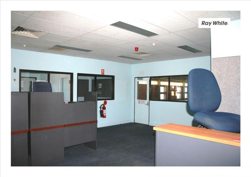 INDUSTRIAL WAREHOUSE OFFICE MACKAY CBD