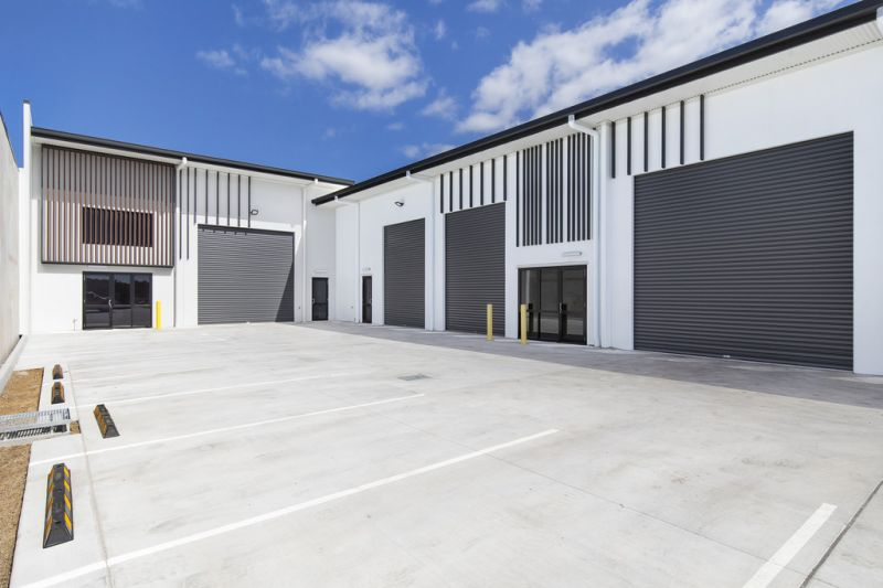 Fantastic units located in the heart of Aura Business Park