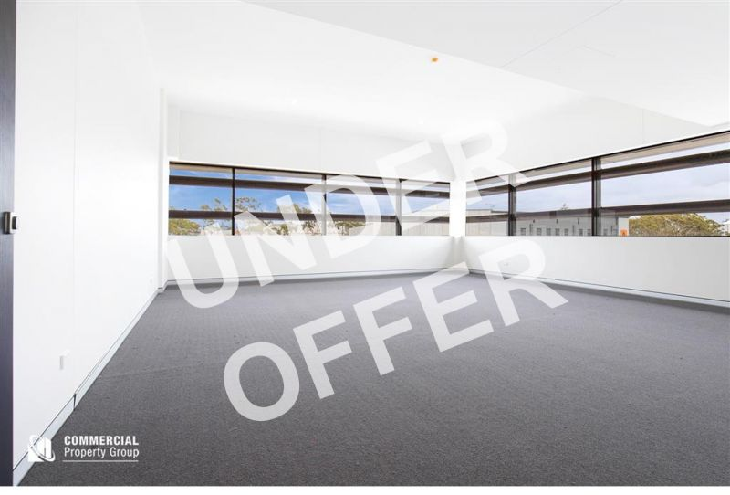 UNDER OFFER - 66M² BRAND NEW OFFICE WITH A VIEW!