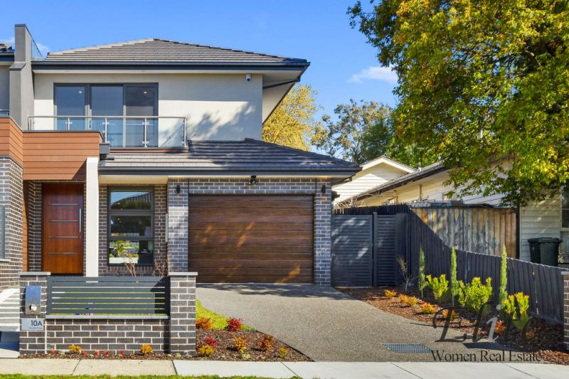 Sold, Call Gladys Tay 0421 229 043