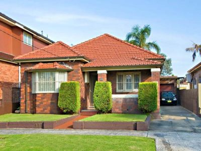 PERFECT FAMILY HOME - PERFECT LOCATION!!