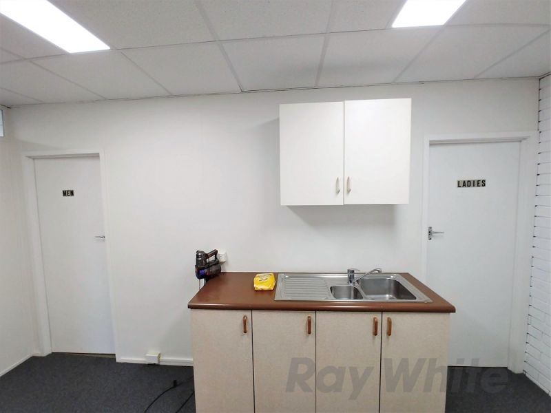 PRICE DROP! 150sqm* REFURBISHED FIRST FLOOR HENDRA OFFICE