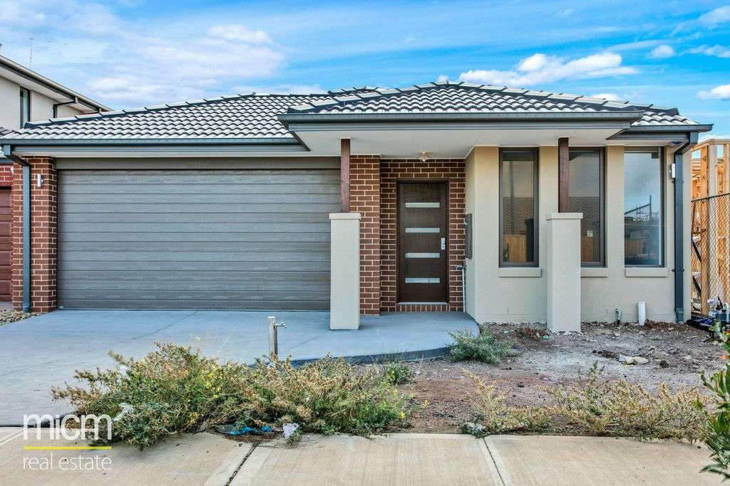 FIRST CLASS TENANT WANTED! Brand New Home Awaits!