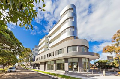 TWO BEDROOM LUXURY APARTMENTS FOR LEASE!!