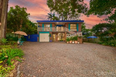 Two Residences in One - Walk to Shelly Beach Location