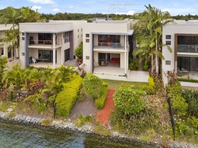 Executive Low Maintenance Living in Tranquil Location with Lake Views