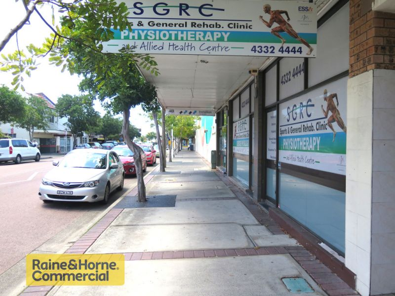 Centrally located commercial premises!